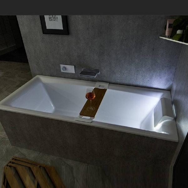 Акриловая ванна Riho Still Square 180x80 подголовник справа