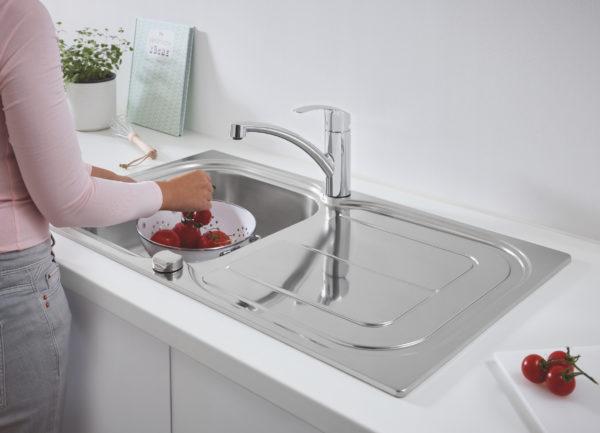 Комплект Grohe Eurosmart 31565SD0 Мойка кухонная K300 31563SD0 + Смеситель Eurosmart 33281002 для кухонной мо